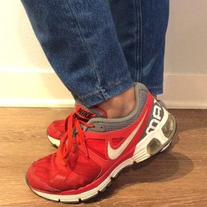 Nike Max Run Lite 4 Sneakers in red. US 4Youth